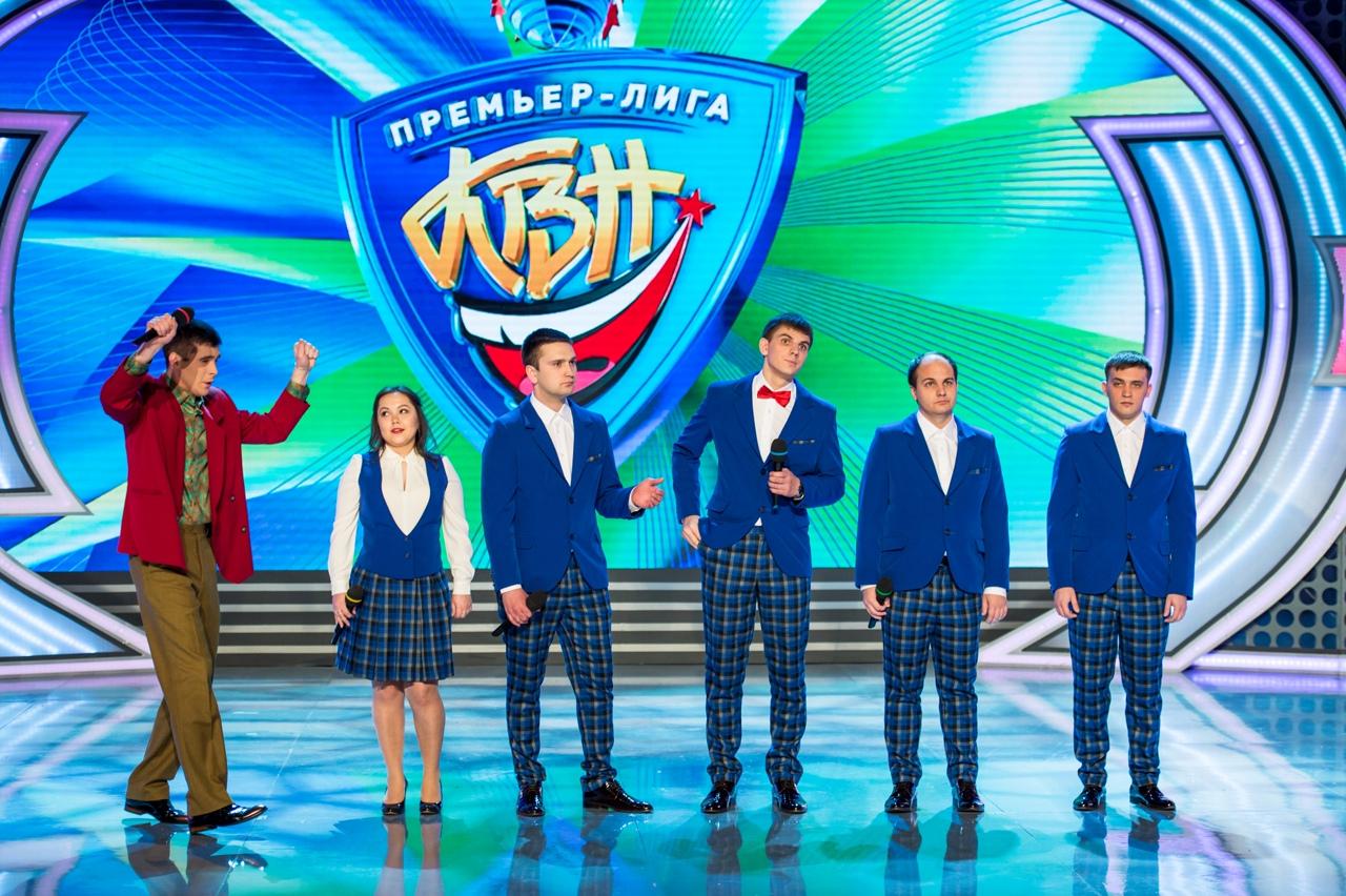 Команда шоу ИГРА Ансамбль «Плюшки» – классическая команда КВН «Плюшки», участники первого сезона шоу.